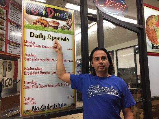 Montebello, Kaliforniya: Daily specials