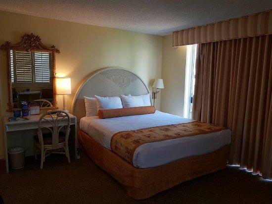 OHANA Waikiki East Hotel Photo