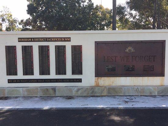 Horsham, Australia: War Memorial sacrifices plaques