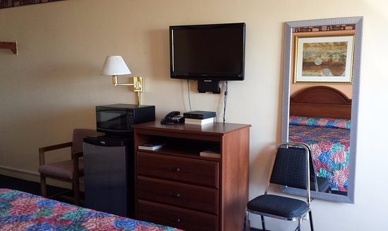 Hamel, IL: Room Amenity