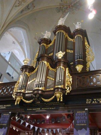ซโวลเลอ, เนเธอร์แลนด์: The orgue in the Broerenkerk