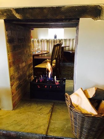 Southwell, UK: Our double sided fireplace