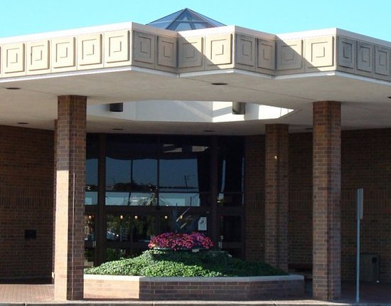 Elk Grove Village Public Library