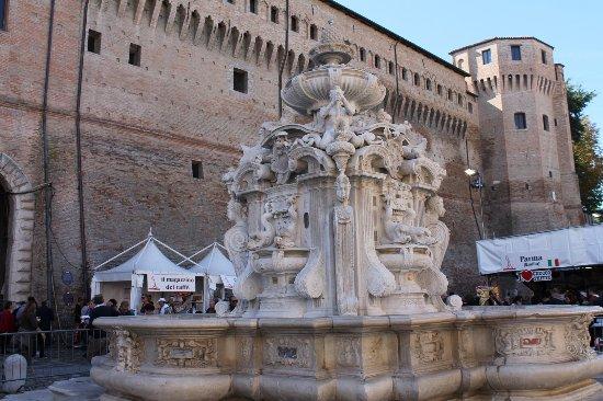 Cesena, Italy: Rocchetta Piazza
