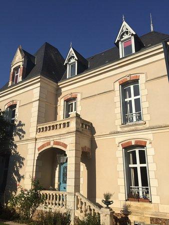 Neuville de Poitou, Francja: photo0.jpg