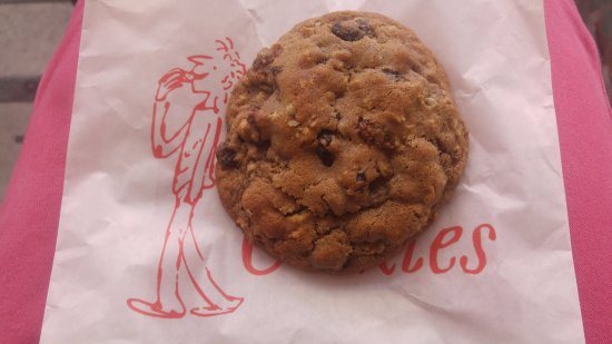 Ben's cookies Oxford street (3)