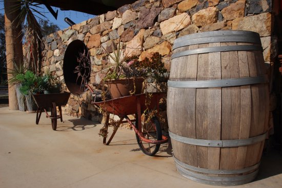 Innot Hot Springs, Australia: Rustic decor