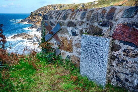St Just, UK: WHEAL OWLES CARDOGNA SHAFT - Memorial to 20 miners who drowned in 1983