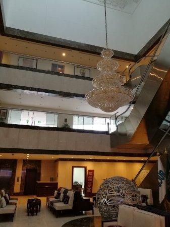 Makarem Al-Bait Hotel: IMG_20171003_064116_large.jpg