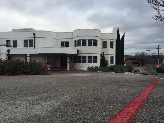 Klassische architektur obr zek za zen belmont hotel for Klassische architektur