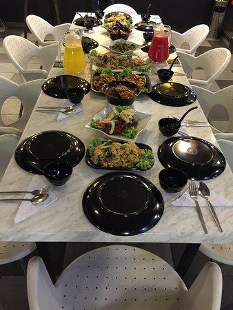 Kafe Warisan Noor