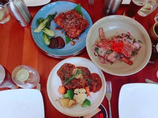 Quy Nhon, Vietnam: Các món ăn ở đây rất đa dạng, cách trưng bày thức ăn rất chuyên nghiệp, cứ tưởng như đang đến mộ