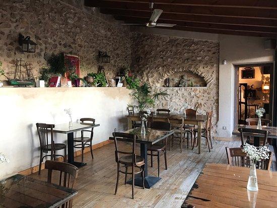 Banyeres de Mariola, Espanha: La definición de bienestar y desconexión es Masqi. Eternamente agradecida por la experiencia. De