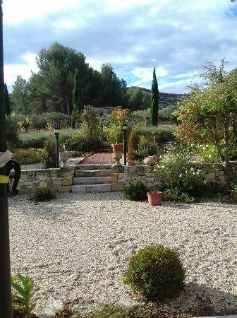 Paradou, France: Un Sejour en Provence