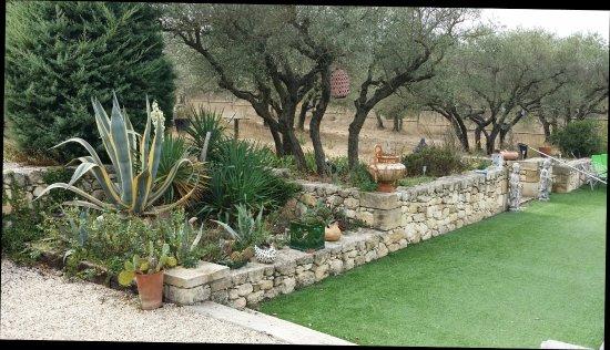 Paradou, Francia: Un Sejour en Provence