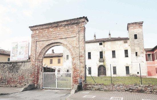 Castello di Caselle Lurani