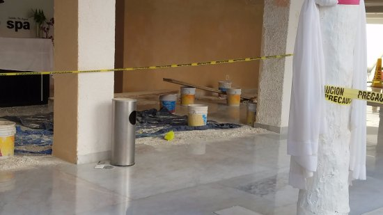 Bel Air Collection Resort & Spa Cancun : Under Construction