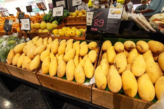 Central Phuket: Thai Fruit