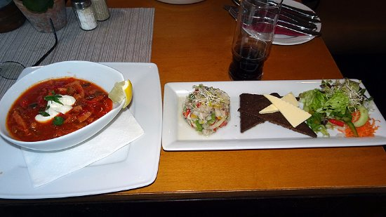 Restaurant HERBERTS: Soljanka (lecker) - Matjestartar etwas zu salzig