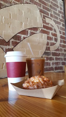 Kinston, NC: MG has lattes, iced coffees, pastries and more