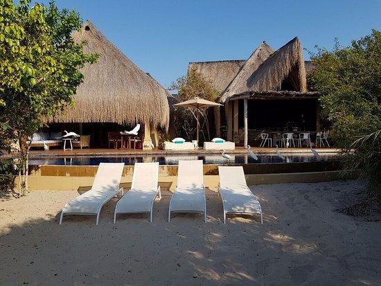 Benguerra Island, Mozambik: Presidential villa from the beach