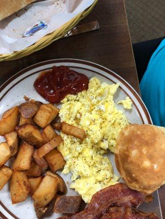 Hoskins Restaurant Great Breakfast