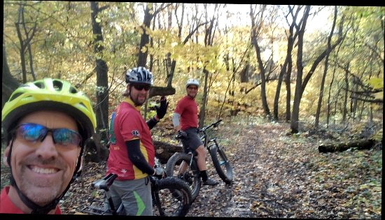 Sisseton, SD: Prime colors & challenging mountain biking.