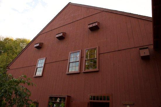 Pomfret, CT: Birdhouses