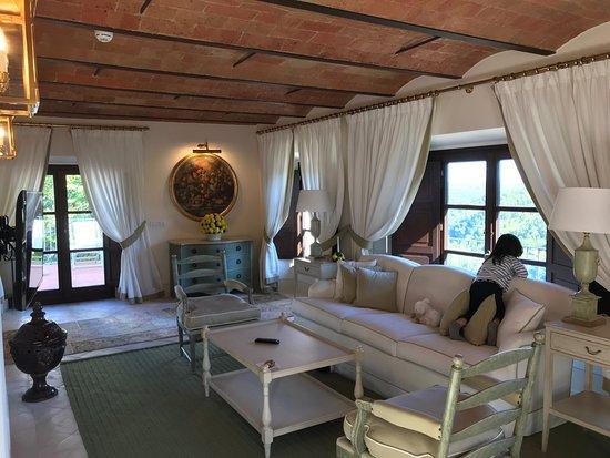 Vagliagli, Italien: スイートルーム。ルーフバルコニーも広く、居心地最高、眺めも最高。