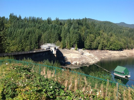 North Vancouver, Kanada: Has been a dry year, I am sure it should be higher.