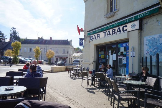 Montsoreau, Francja: Outdoor Tables