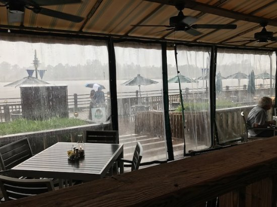 Elijah's Restaurant: Looking out at the river during a rainstorm