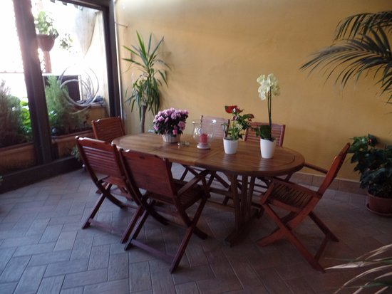 Residenza Cellini: Patio 5th floor