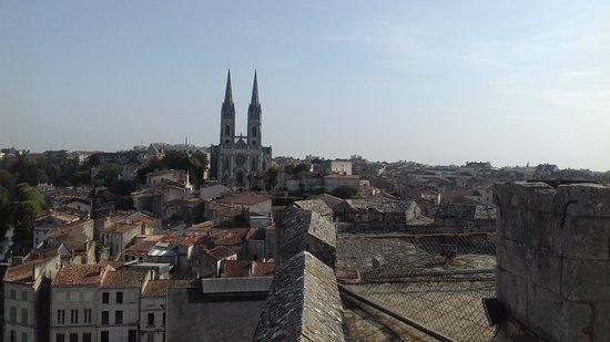 Niort, France : Views of the Eglise