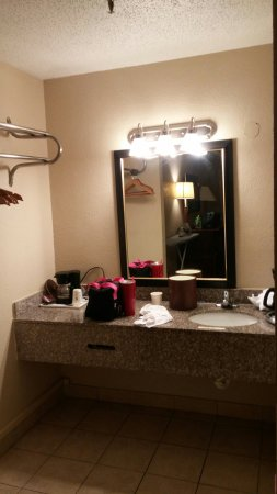 Travelodge New Orleans West Harvey Hotel: 20170514_105759_large.jpg