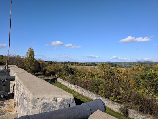 Ticonderoga, Nova York: photo2.jpg
