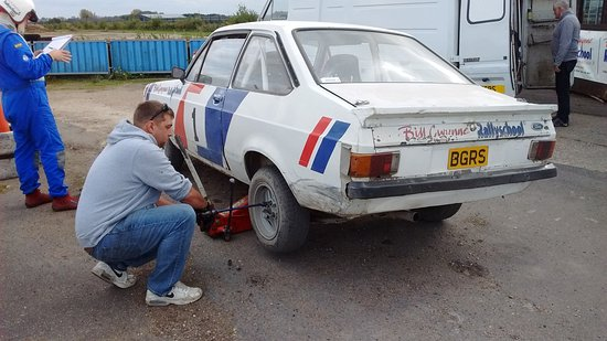 Bill Gwynne Rallyschool International: On site maintenance if required.