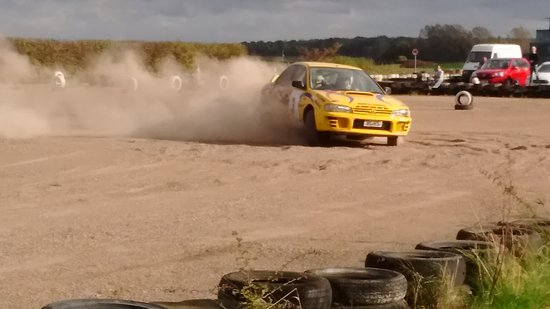 Bill Gwynne Rallyschool International: Drift And Power, Hand Brake turns.