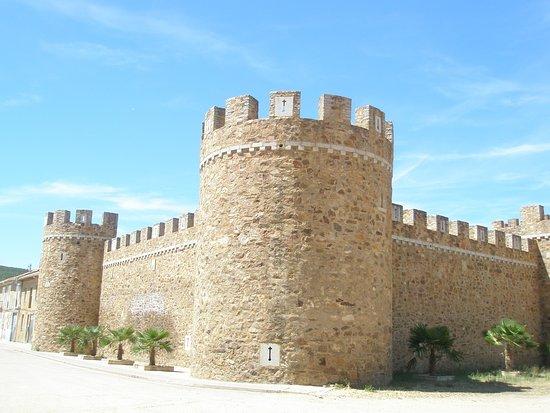 Castillo de Alija del Infantado