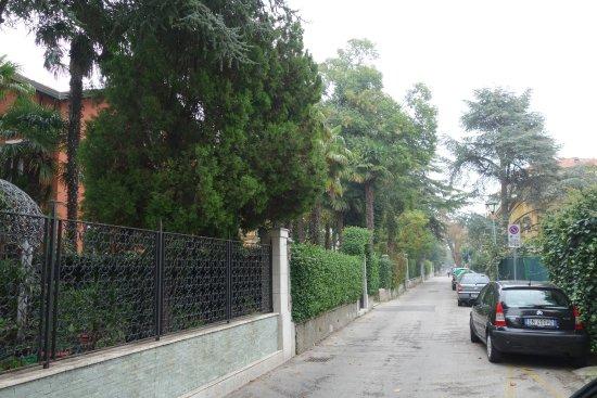 Lido di Venezia, Italia: Die ruhige Straße zur Pension