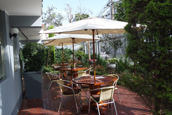 Hotel Runcu Miraflores: primeira coisa que você vê e já é simpátia e esta varanda do hotel