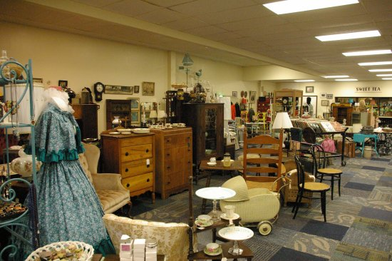 Clara Jean's Antiques