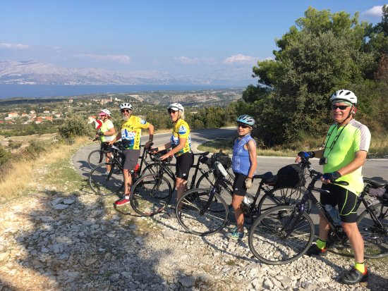 Hrvatska Kostajnica, Croatia: Biking the Croatian Islands is easy with Jadrolinija Feries