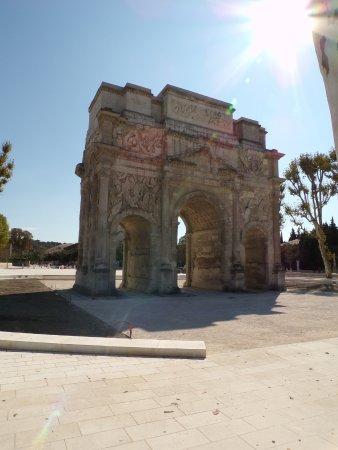 Όραντζ, Γαλλία: depuis le parking en face