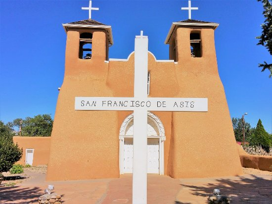 Ranchos De Taos, NM: Front of the mission