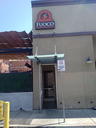 Rear entrance (from parking lot) to Fuoco Pizzeria Napoletana in downtown Fullerton, CA