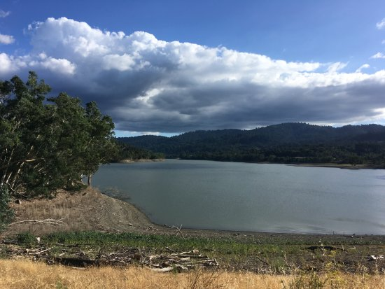 Los Gatos, CA: The dam - a chance to catch your breath before the next climb!