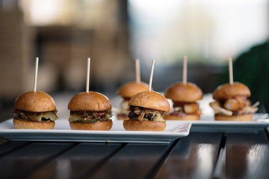 Langley City, كندا: Mini Cheeseburgers