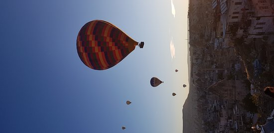 Royal Balloon: 20171012_071500_large.jpg