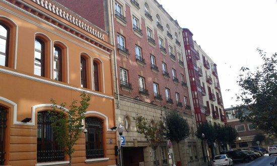 Hotel Ercilla Lopez de Haro: Fachada